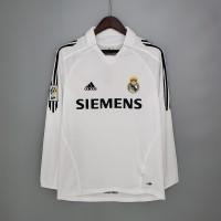Real Madrid 2005-2006 Home Football Shirt Long Sleeves